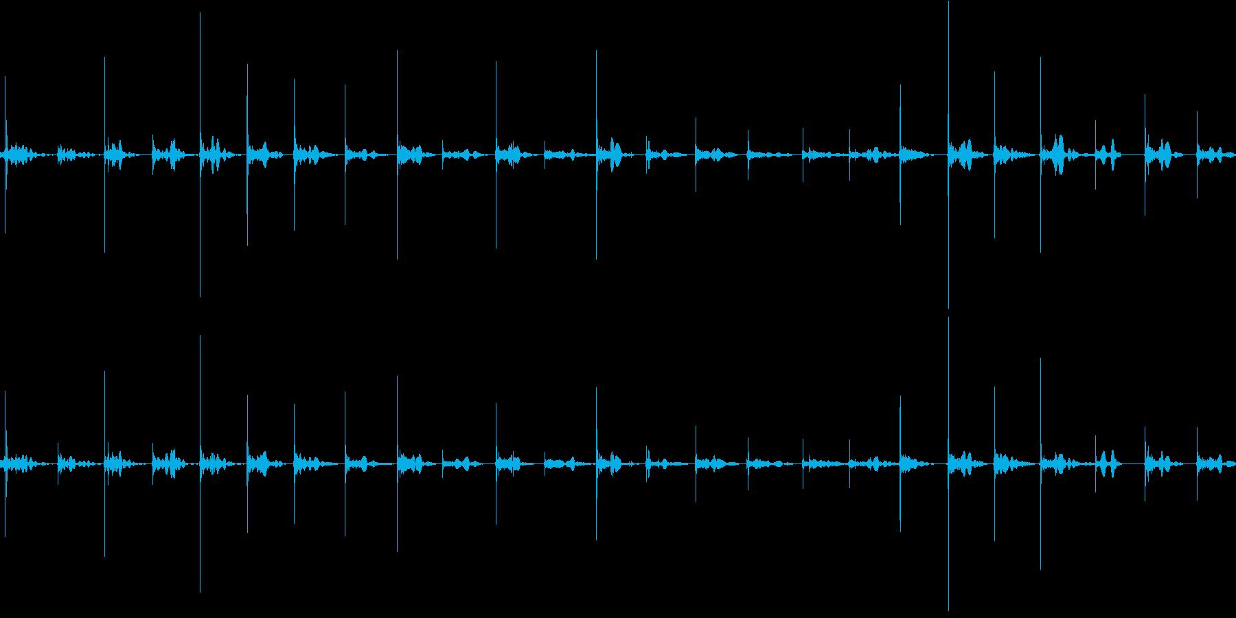 スリッパで走るの再生済みの波形