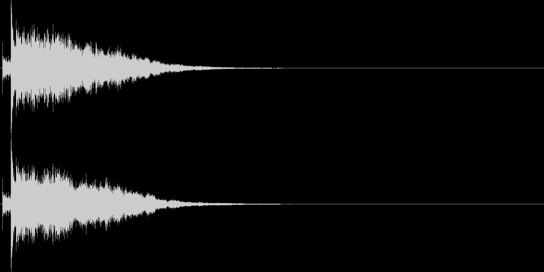 パリン、カシャン(ガラス・鏡が割れる音)の未再生の波形
