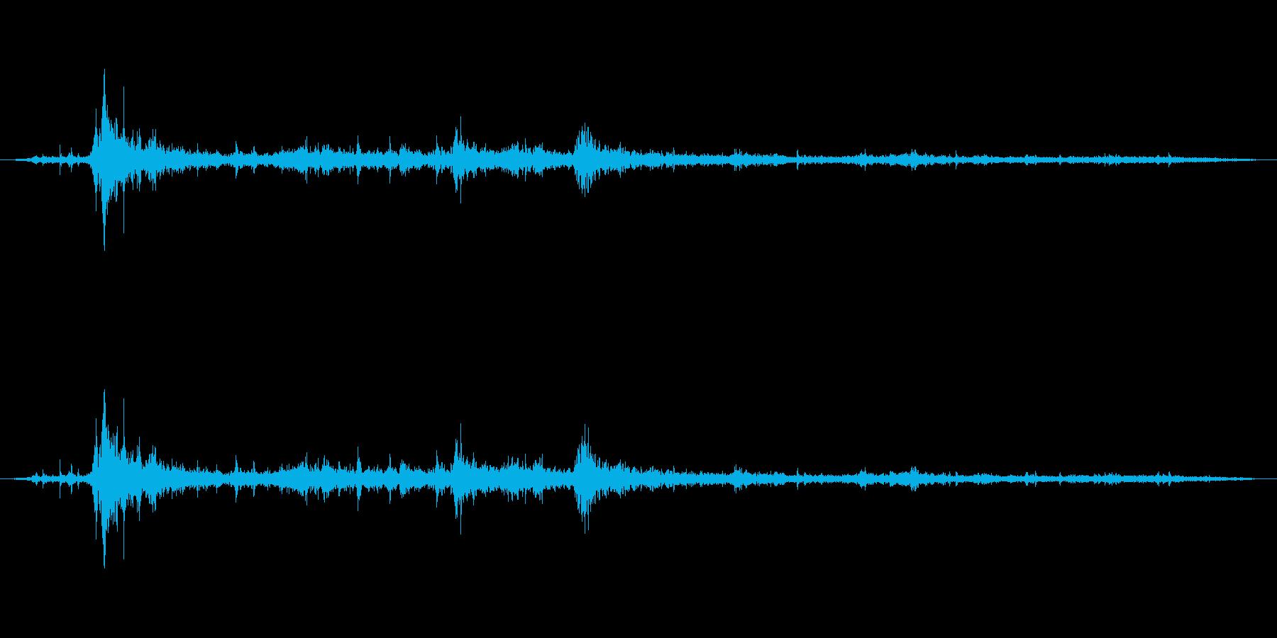 【雷 生録 環境02-2】の再生済みの波形