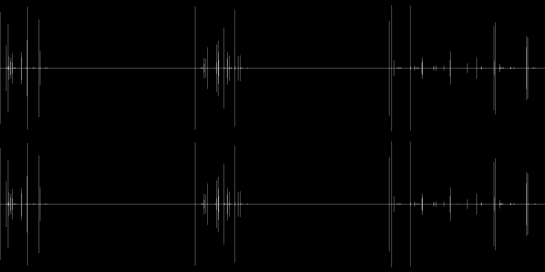 ピキピキ(卵の殻にヒビが入る音)の未再生の波形