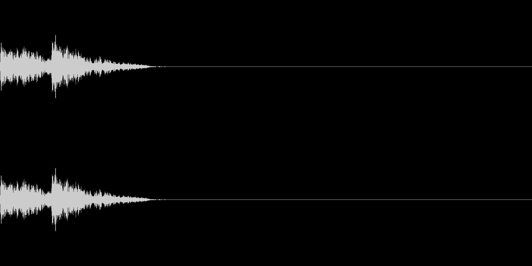 金属質なクリック音の未再生の波形
