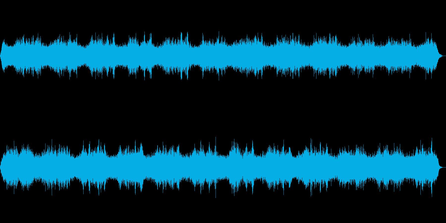 異空間を漂うような音(環境音)の再生済みの波形