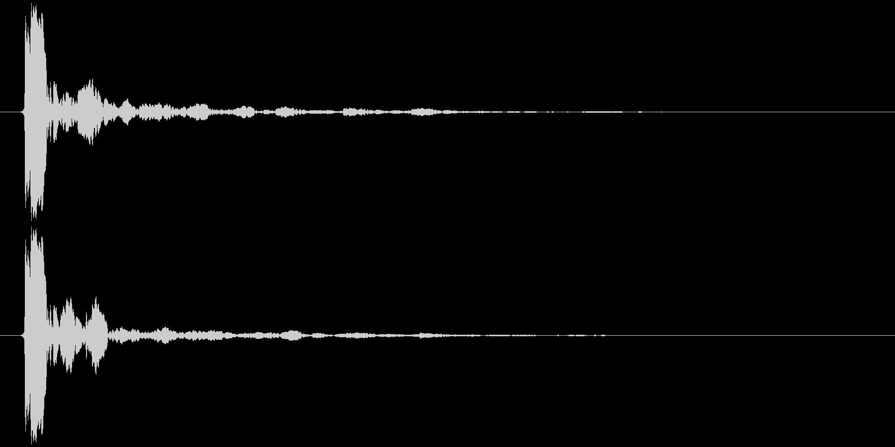 水滴 一滴 キッ(鋭く、高め)の未再生の波形