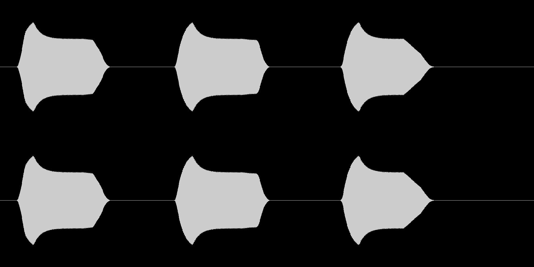 ピピピッ(高めの音)の未再生の波形