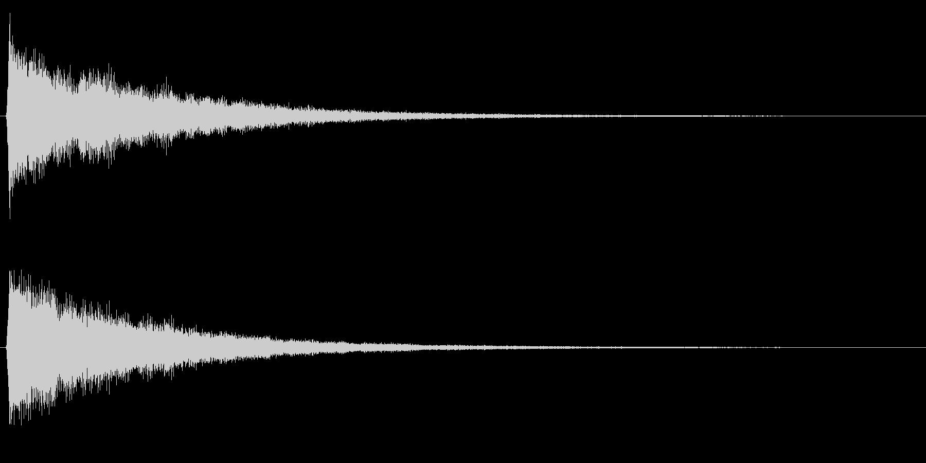 決定/シンセサイザー/スタート画面の未再生の波形