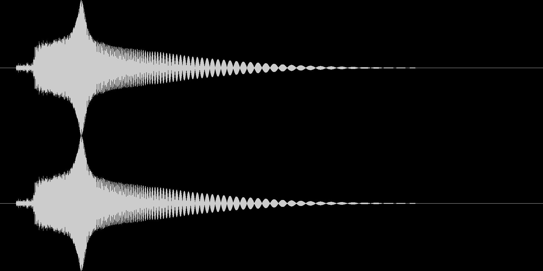 ピュン (レトロな銃の発射音)の未再生の波形