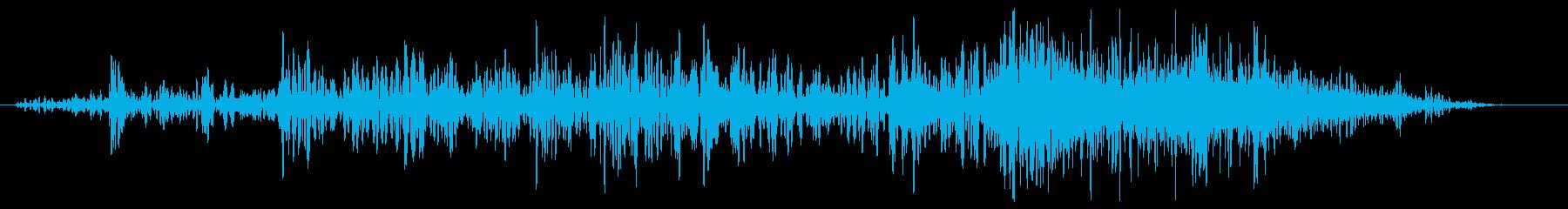 引き戸。ガラガラ、シシューの再生済みの波形