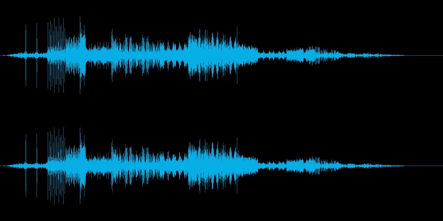機械のノイズ。無線などの再生済みの波形