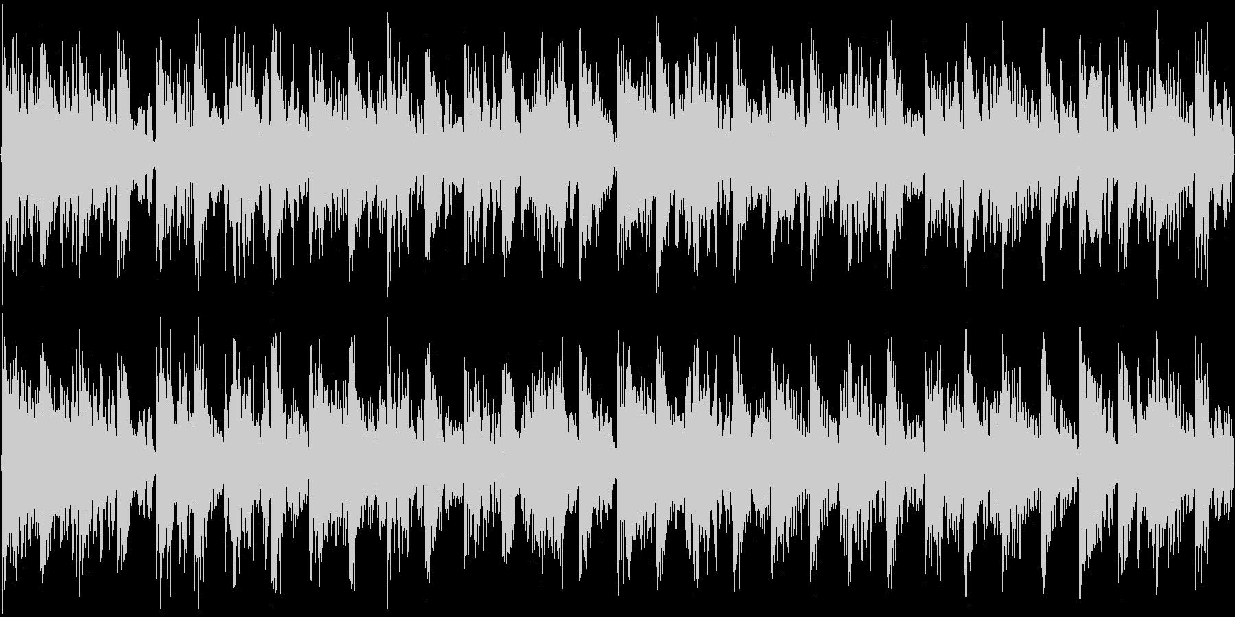 ハウス系のドラムを強調した楽曲です。の未再生の波形