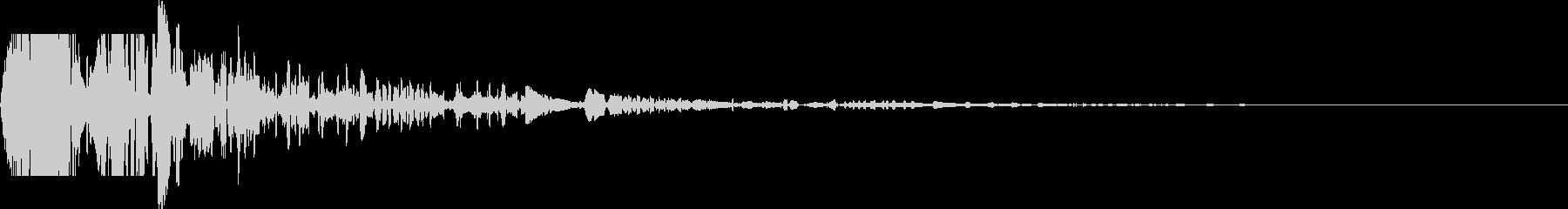 ドサッ(落下や倒れる衝撃音)06の未再生の波形