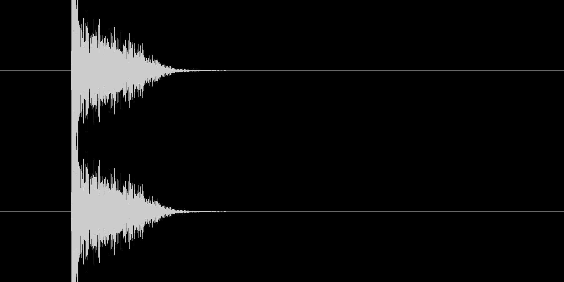 バシ ドン なパンチ、キックの打撃音01の未再生の波形