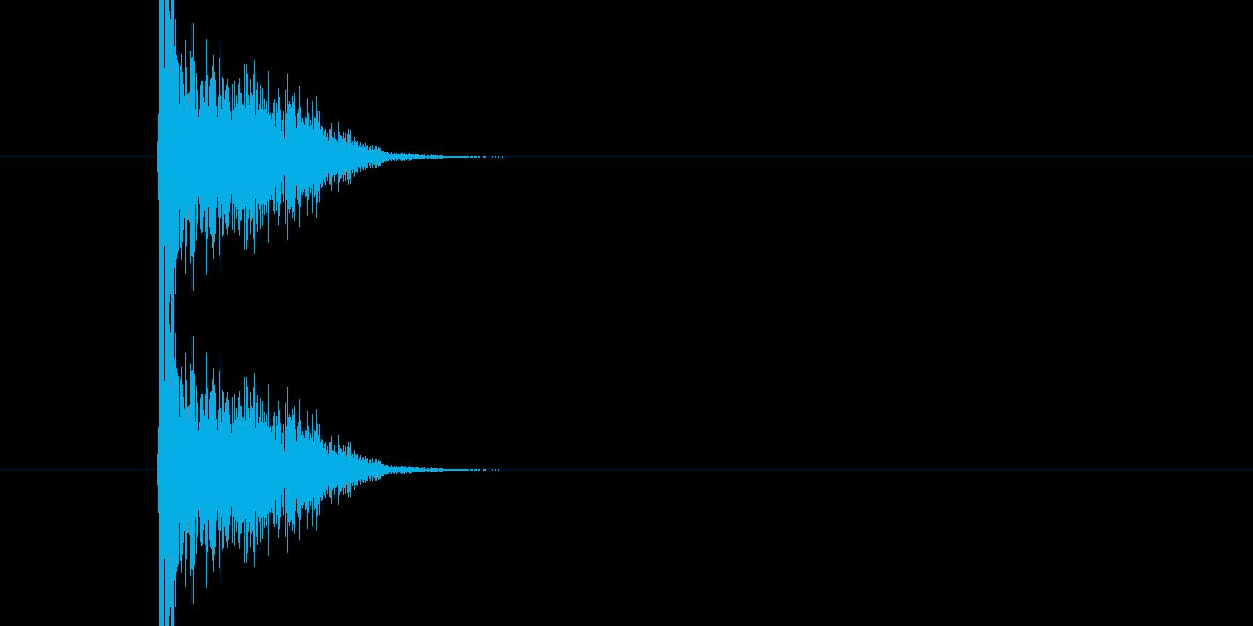 バシ ドン なパンチ、キックの打撃音01の再生済みの波形