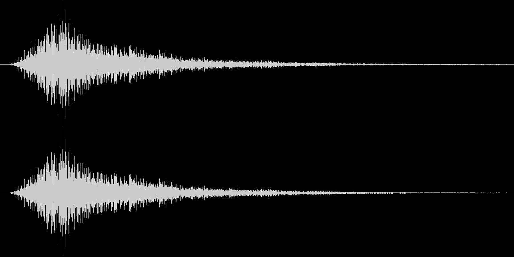サウンドロゴ(重厚、気品)の未再生の波形