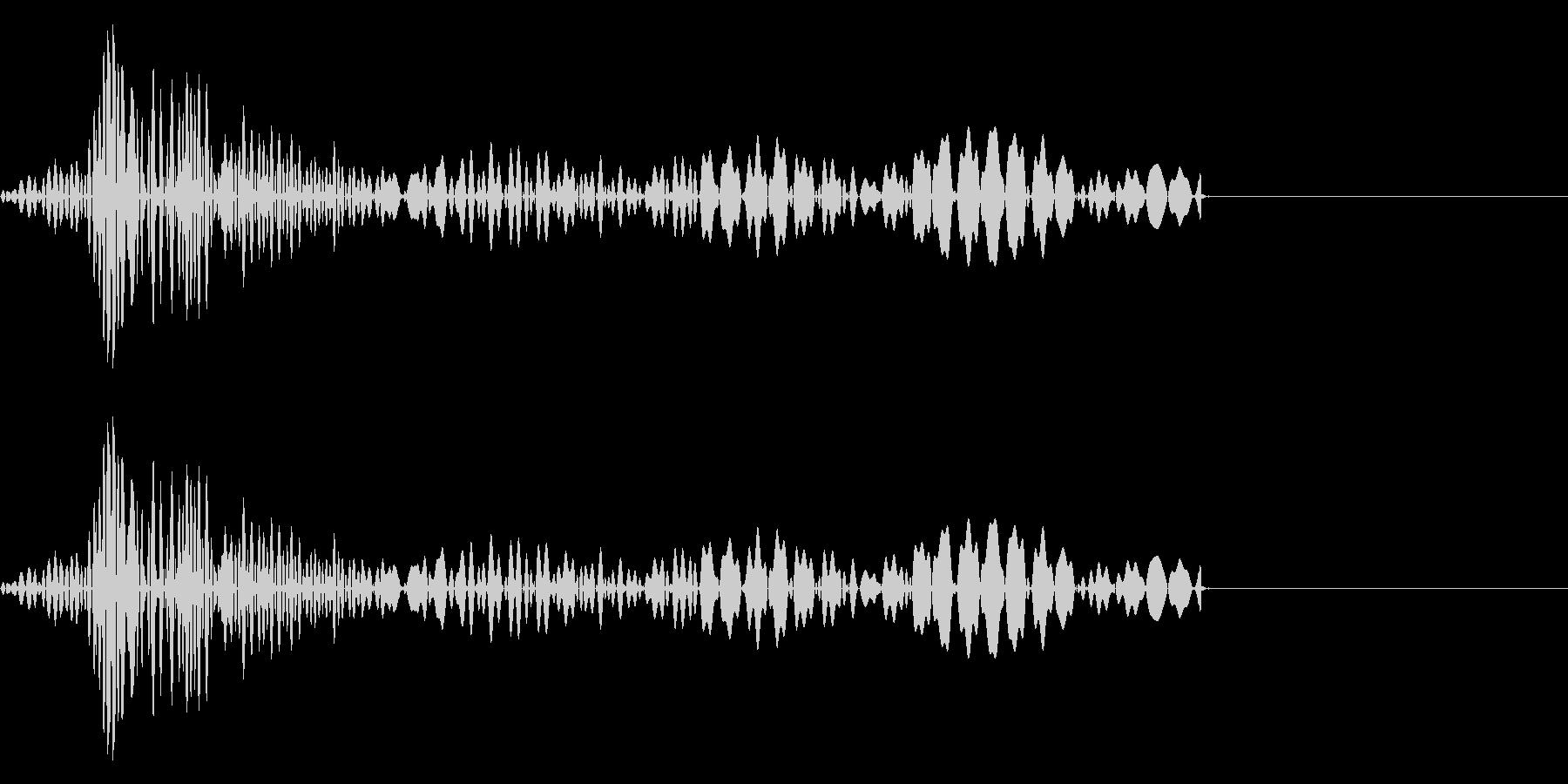クリック音(「コッ」「カッ」)の未再生の波形