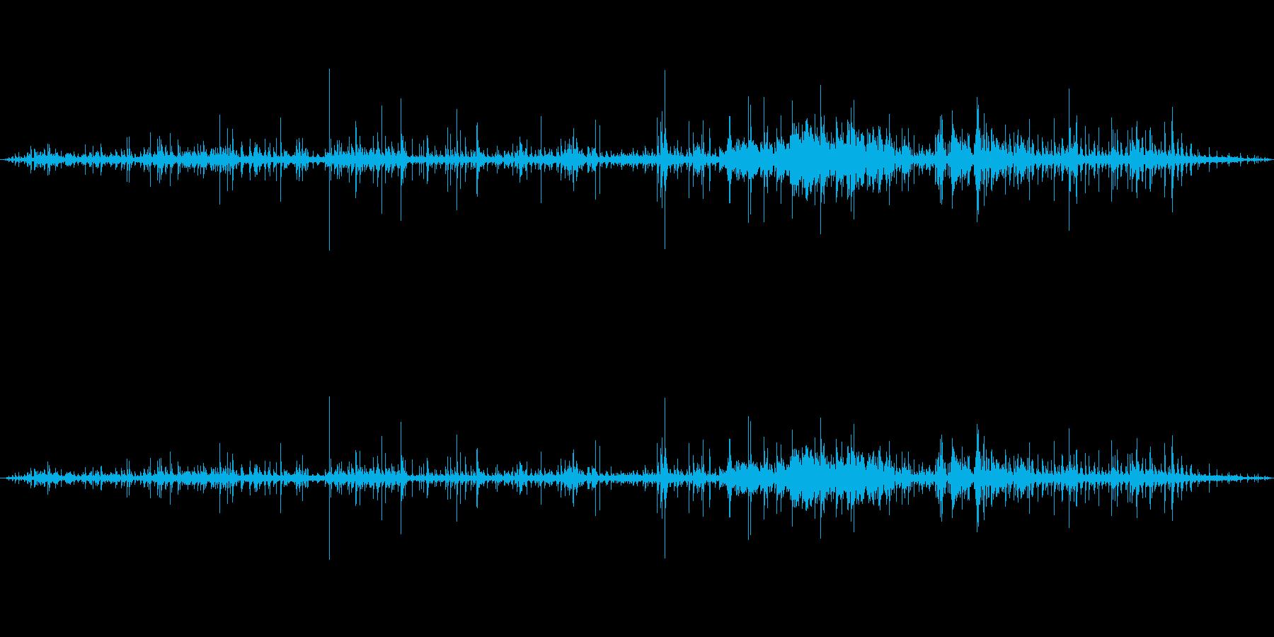 【環境音】水琴窟の音(池上梅園)の再生済みの波形
