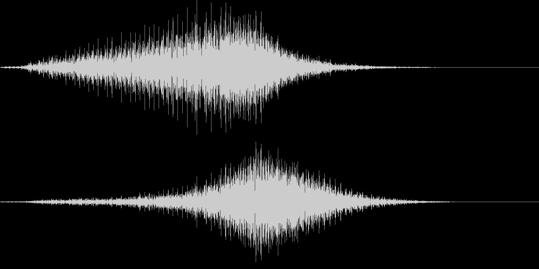 【輸送機】ブルブル,バラバラ 左から右の未再生の波形