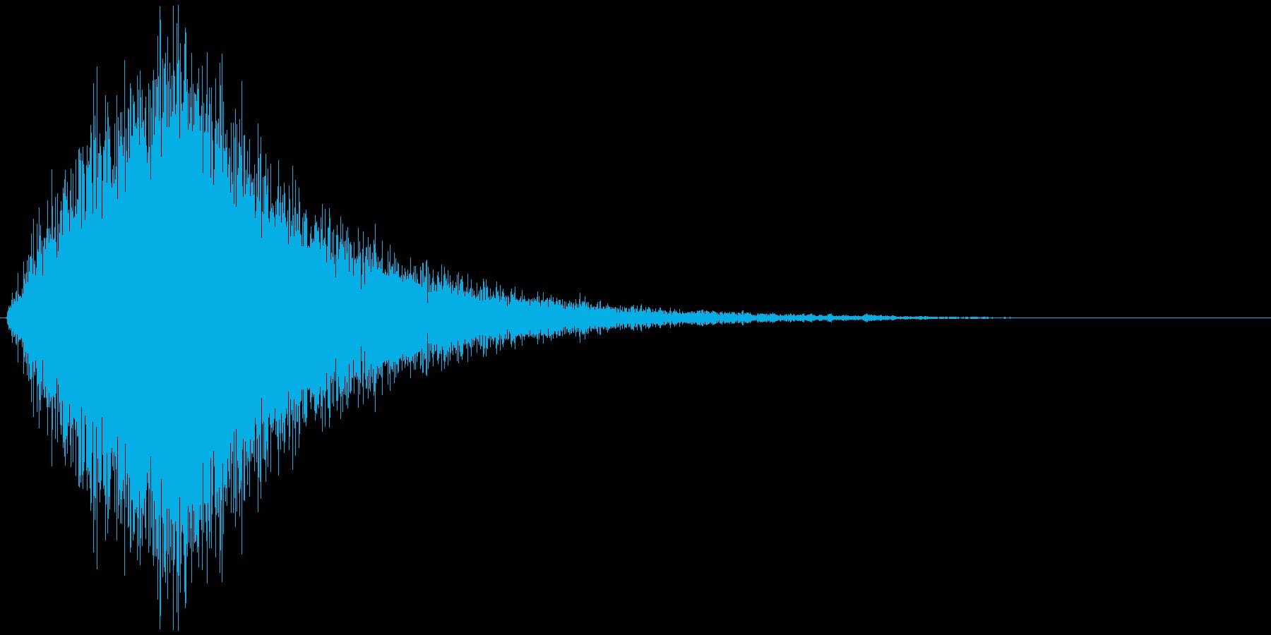 吹き抜ける風の効果音(風魔法、シンセ)の再生済みの波形