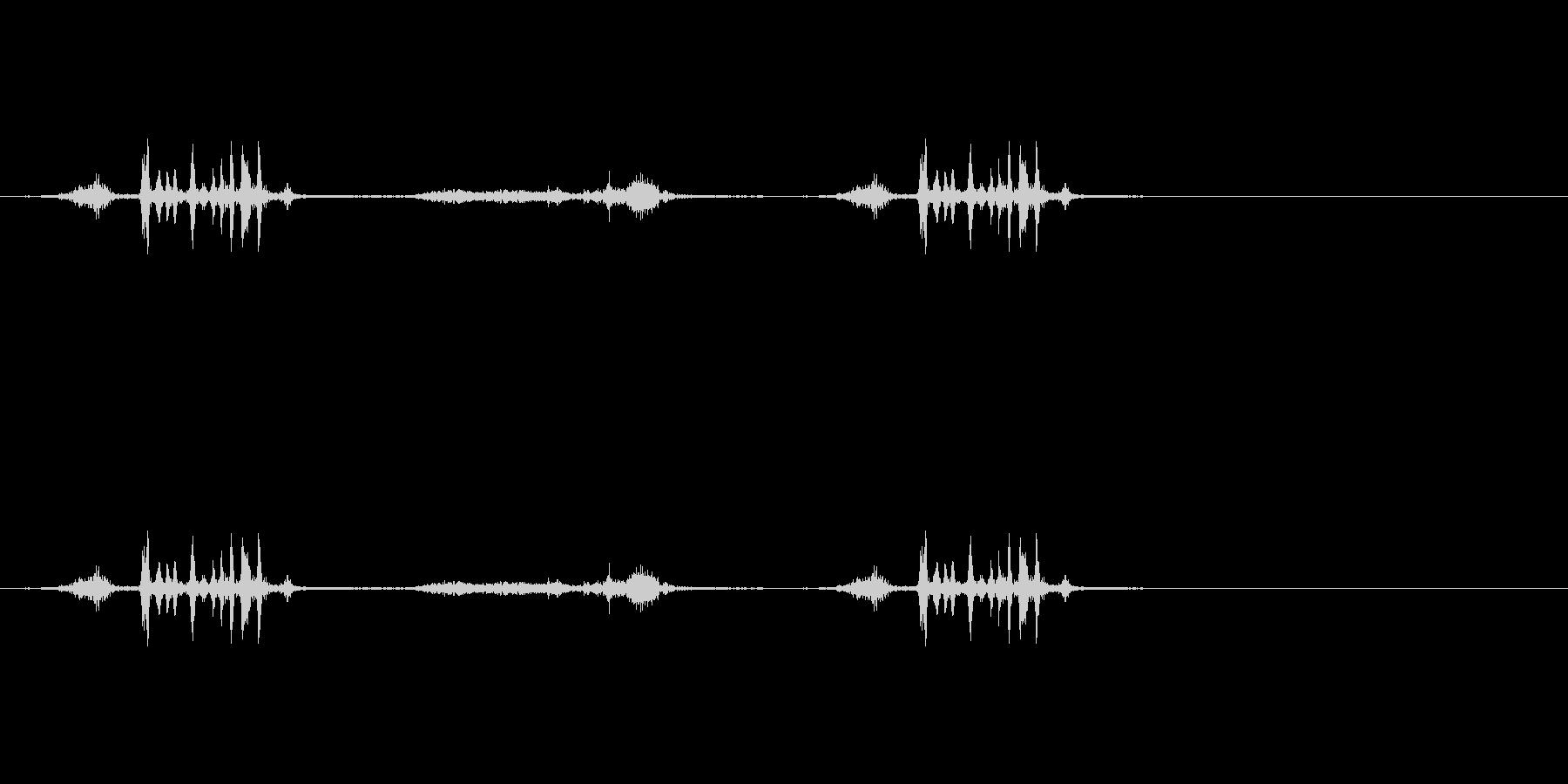 ハサミで厚紙を切る音(2)の未再生の波形