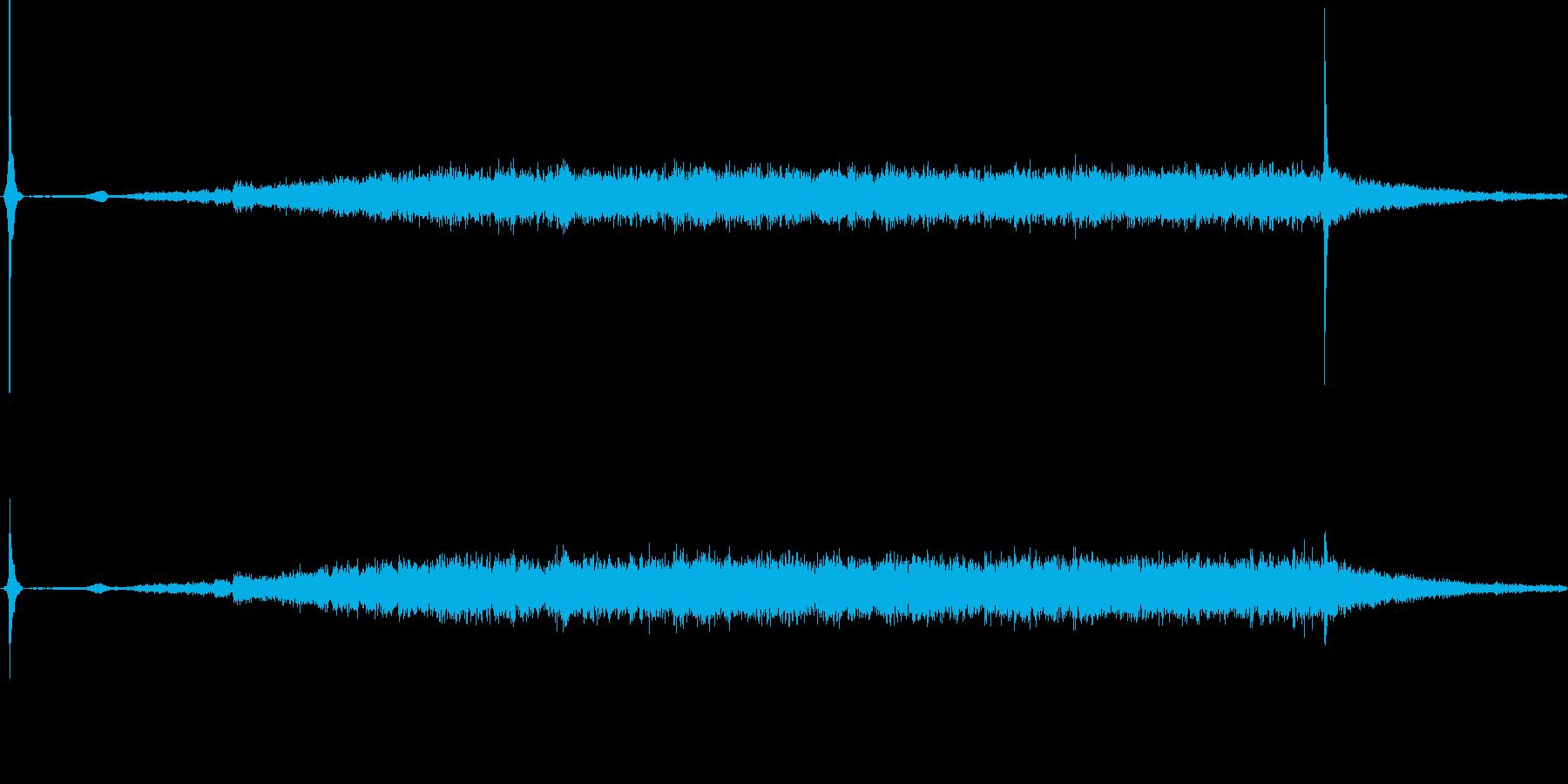換気扇の音の再生済みの波形