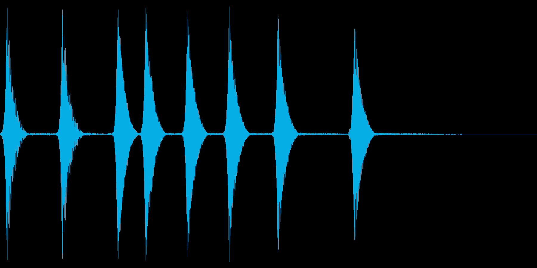 コロコロ。場面転換・めくる音(下降)の再生済みの波形