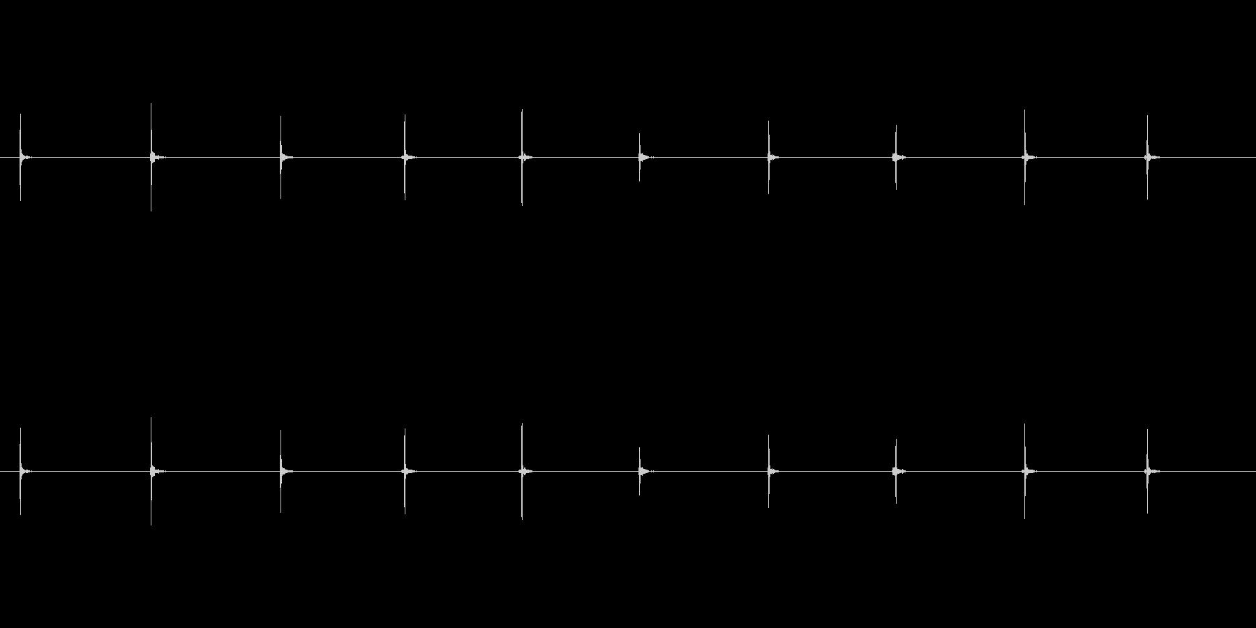 【足音02-3L】の未再生の波形
