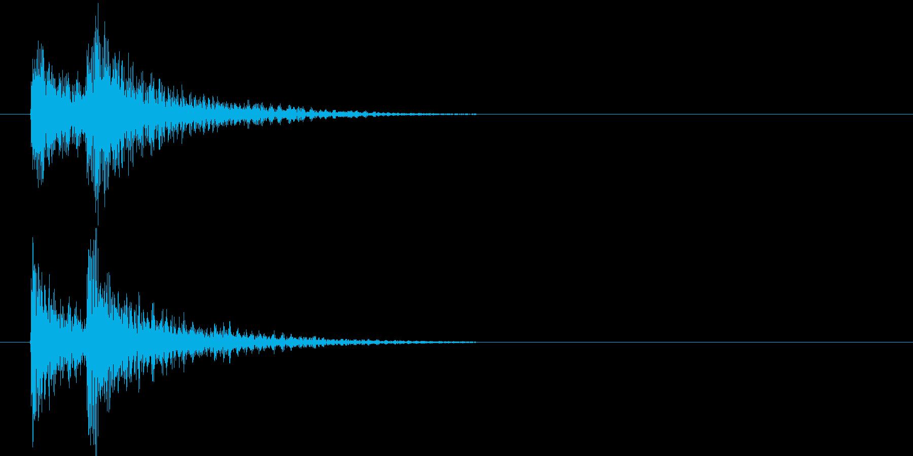 デデンと派手にキャラクターが登場するSEの再生済みの波形