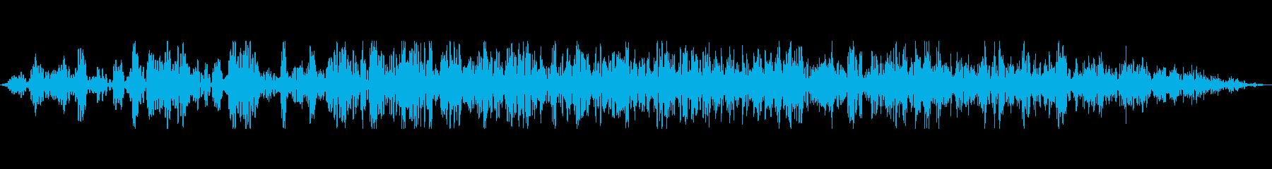 地鳴り、地響きの再生済みの波形