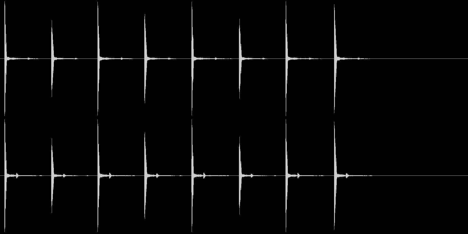 チクタク 時計の未再生の波形