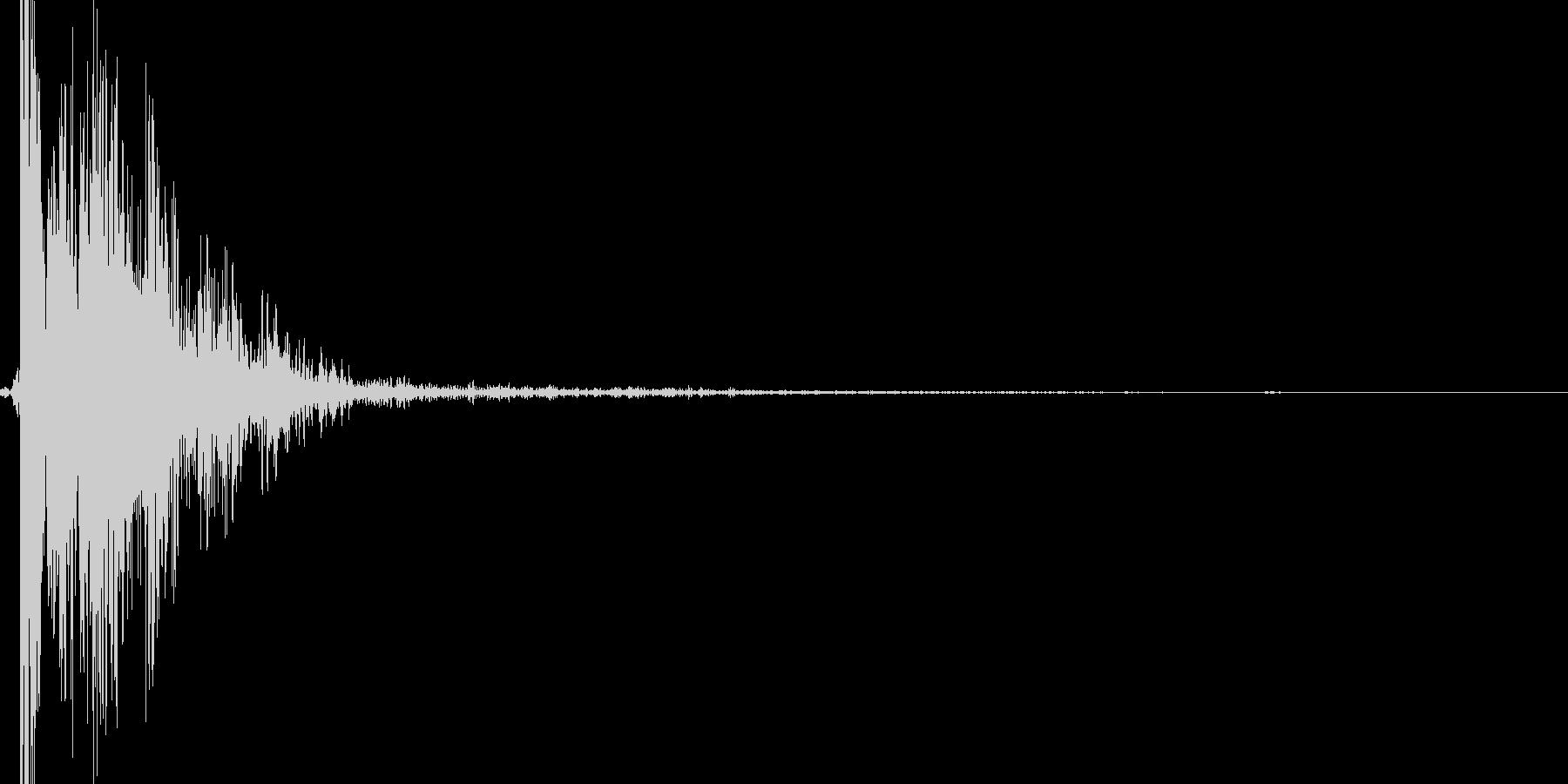 リアル系 ハンドガン1(発砲音) バンの未再生の波形