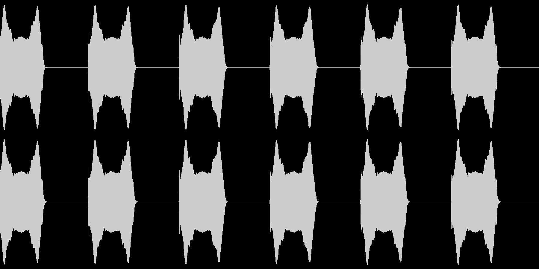 「ウーウーウーウー(サイレン)」の未再生の波形