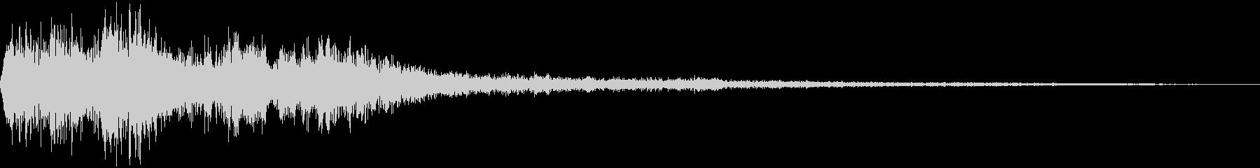 決定音(ゲーム風の高い金属音)の未再生の波形