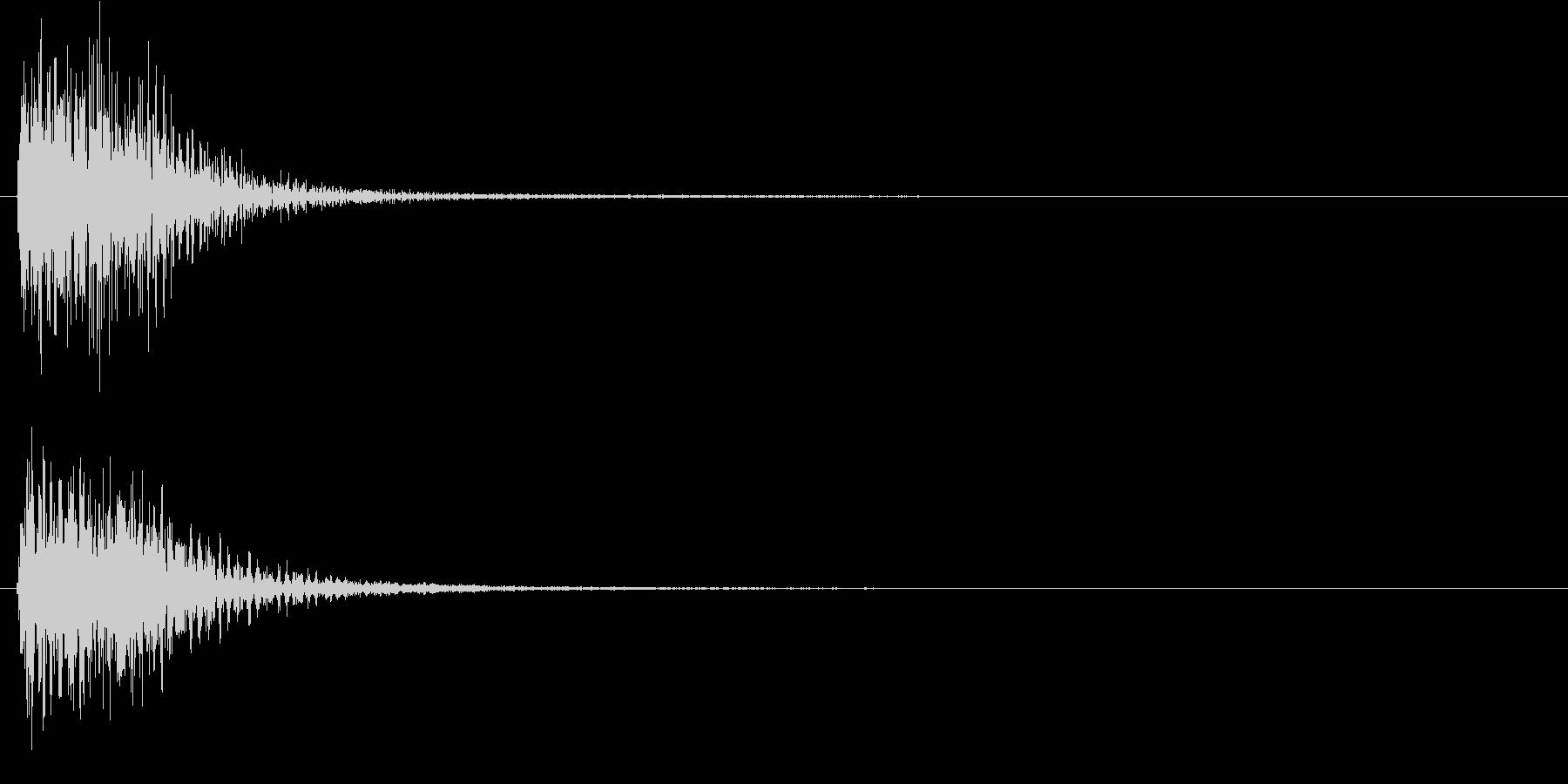 ピアノによるクリック音(重め)の未再生の波形