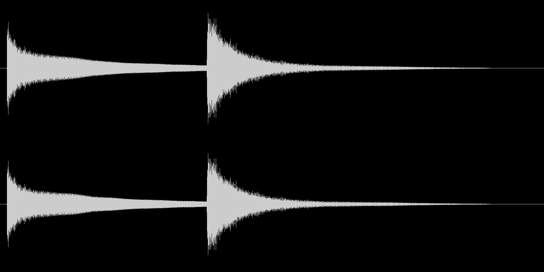 キンコンという高い金属音の未再生の波形