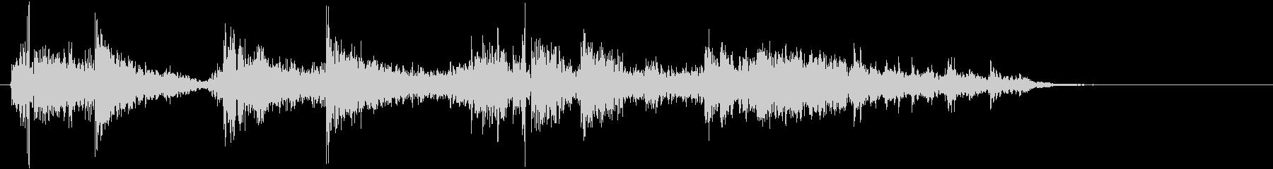 タンバリンの音(しゃんしゃんしゃん)の未再生の波形