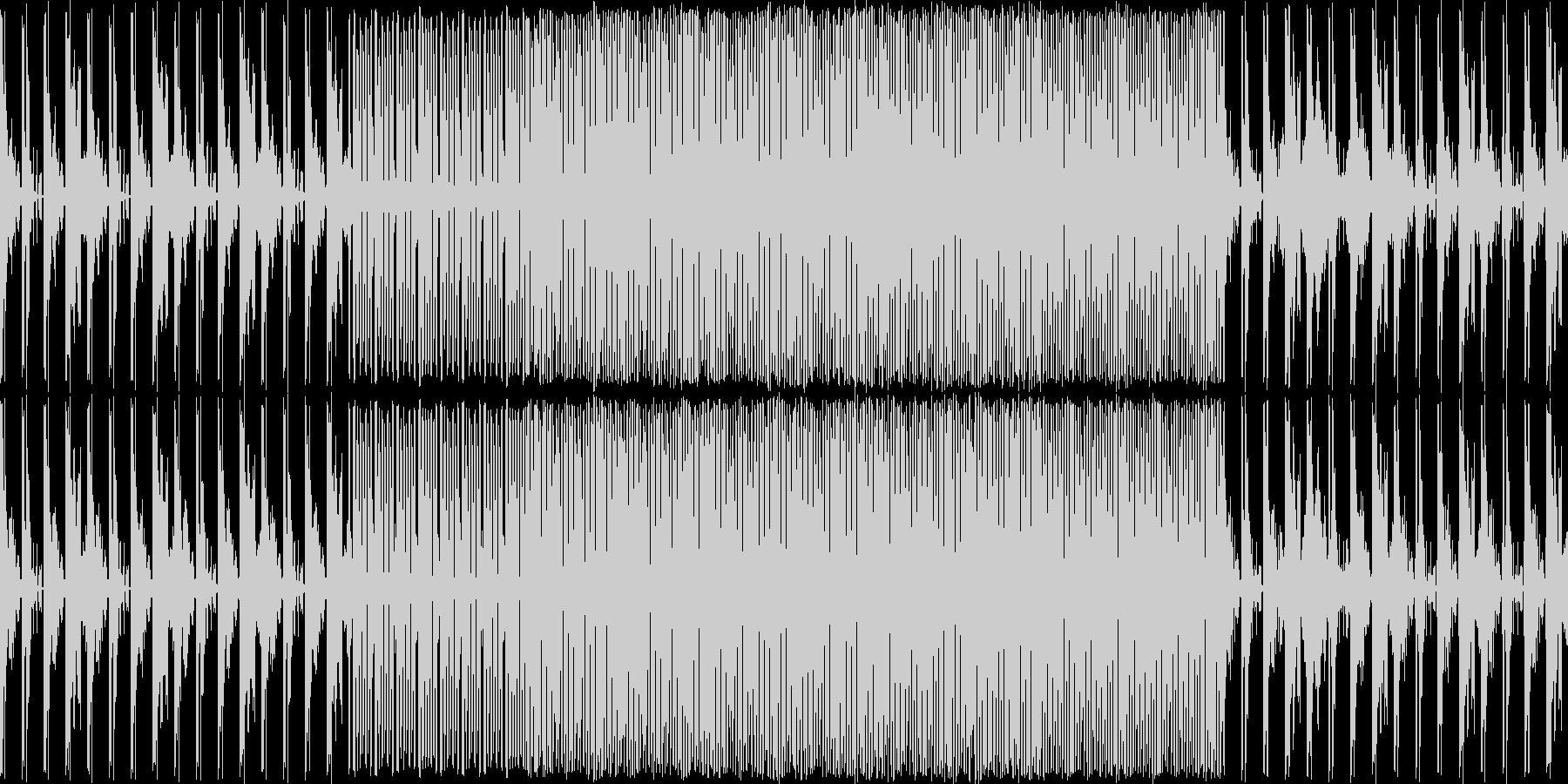 暗めのテクノです。メロディーあります。…の未再生の波形