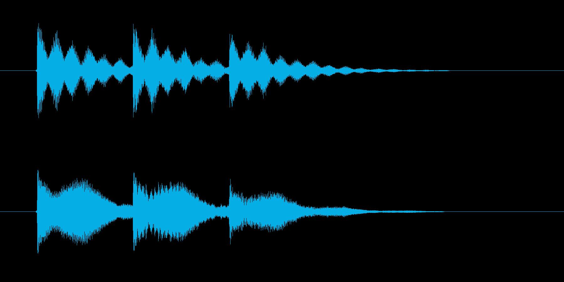 不穏なシンセ音の再生済みの波形