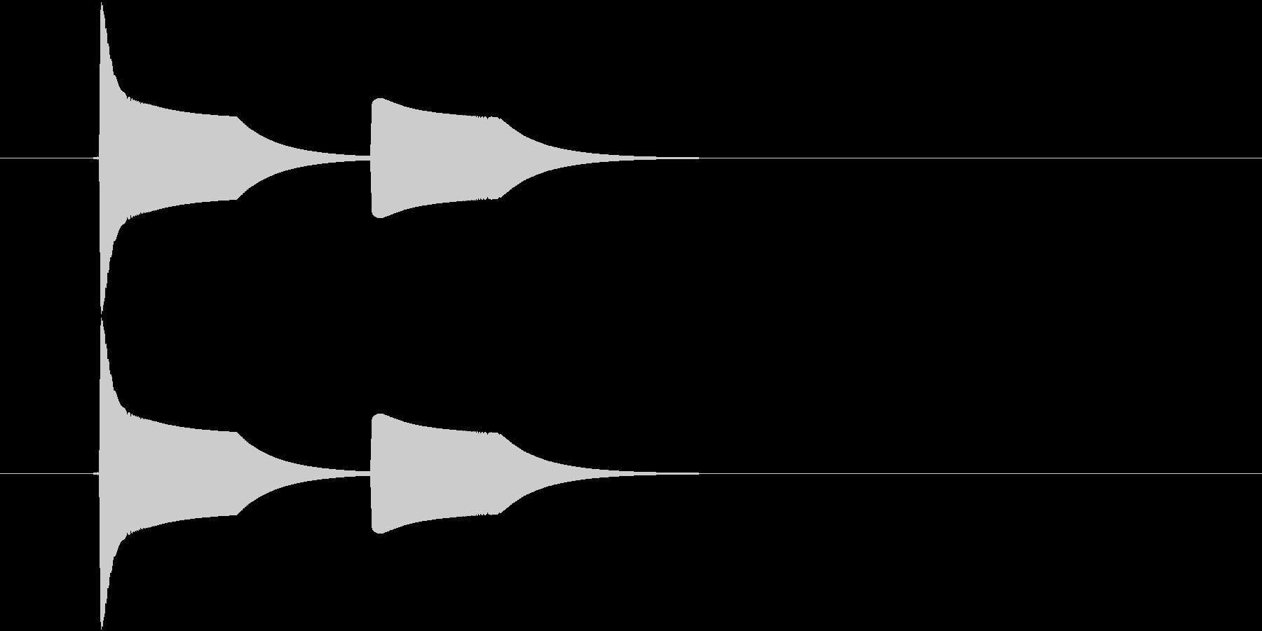 ピヨピヨ(小鳥、足音)の未再生の波形