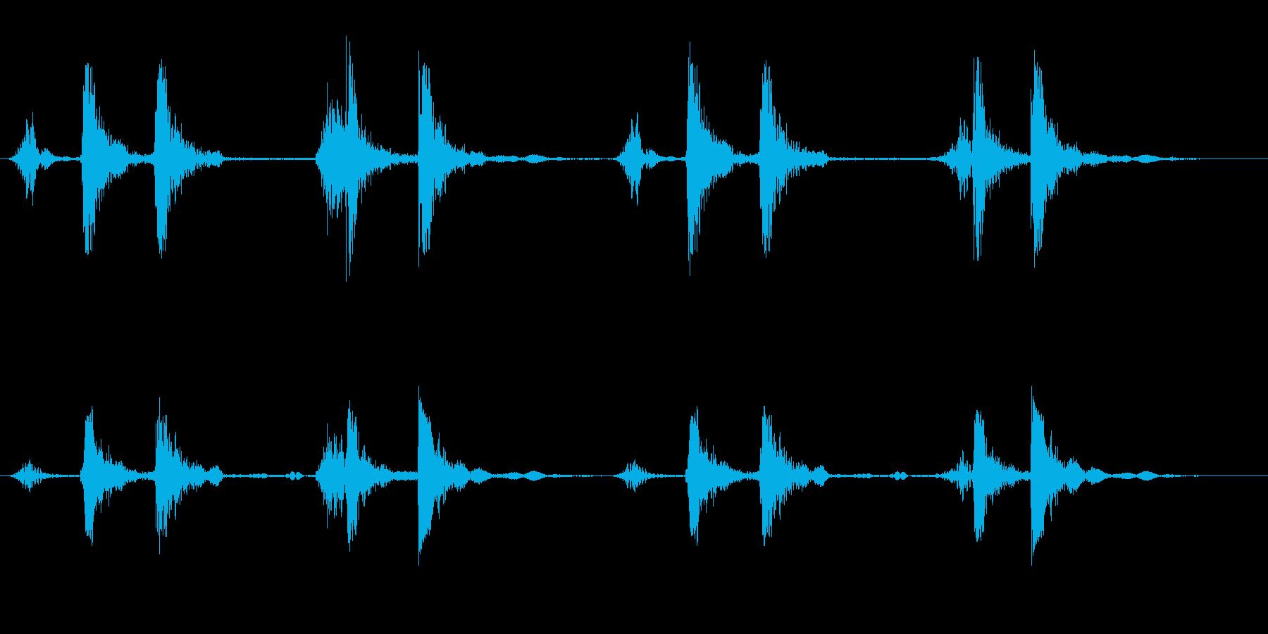 リズミカルで軽い音が連続している効果音の再生済みの波形