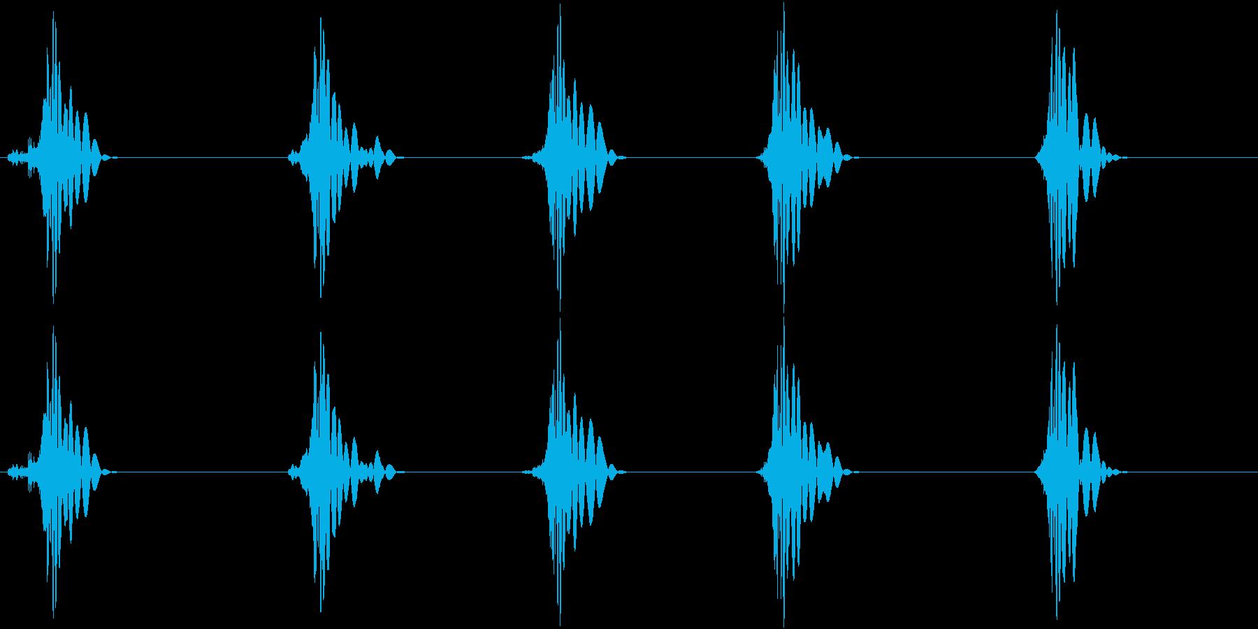 ドフッ 鈍い 攻撃 重い足音の再生済みの波形