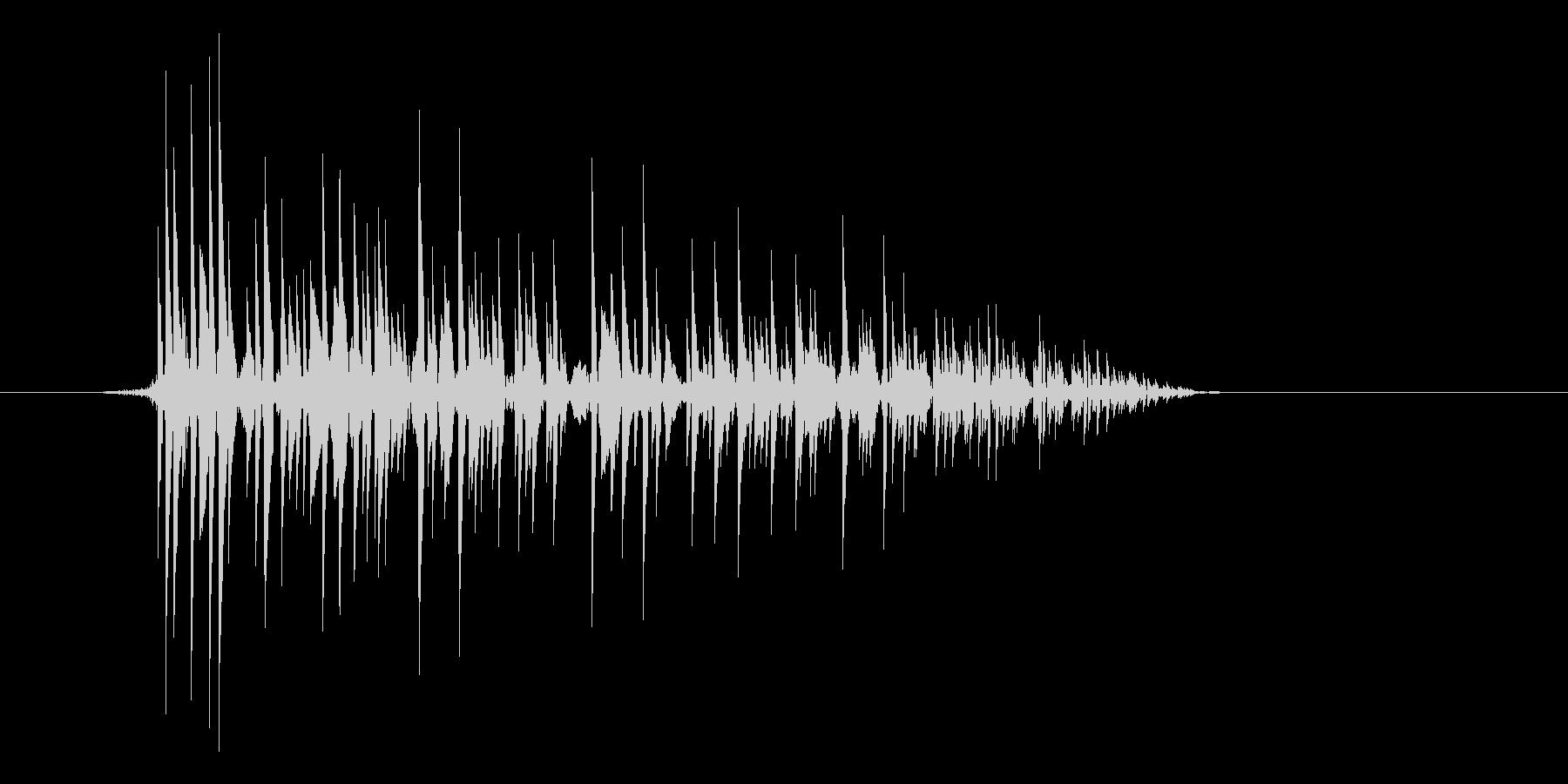 ゲーム(ファミコン風)爆発音_023の未再生の波形