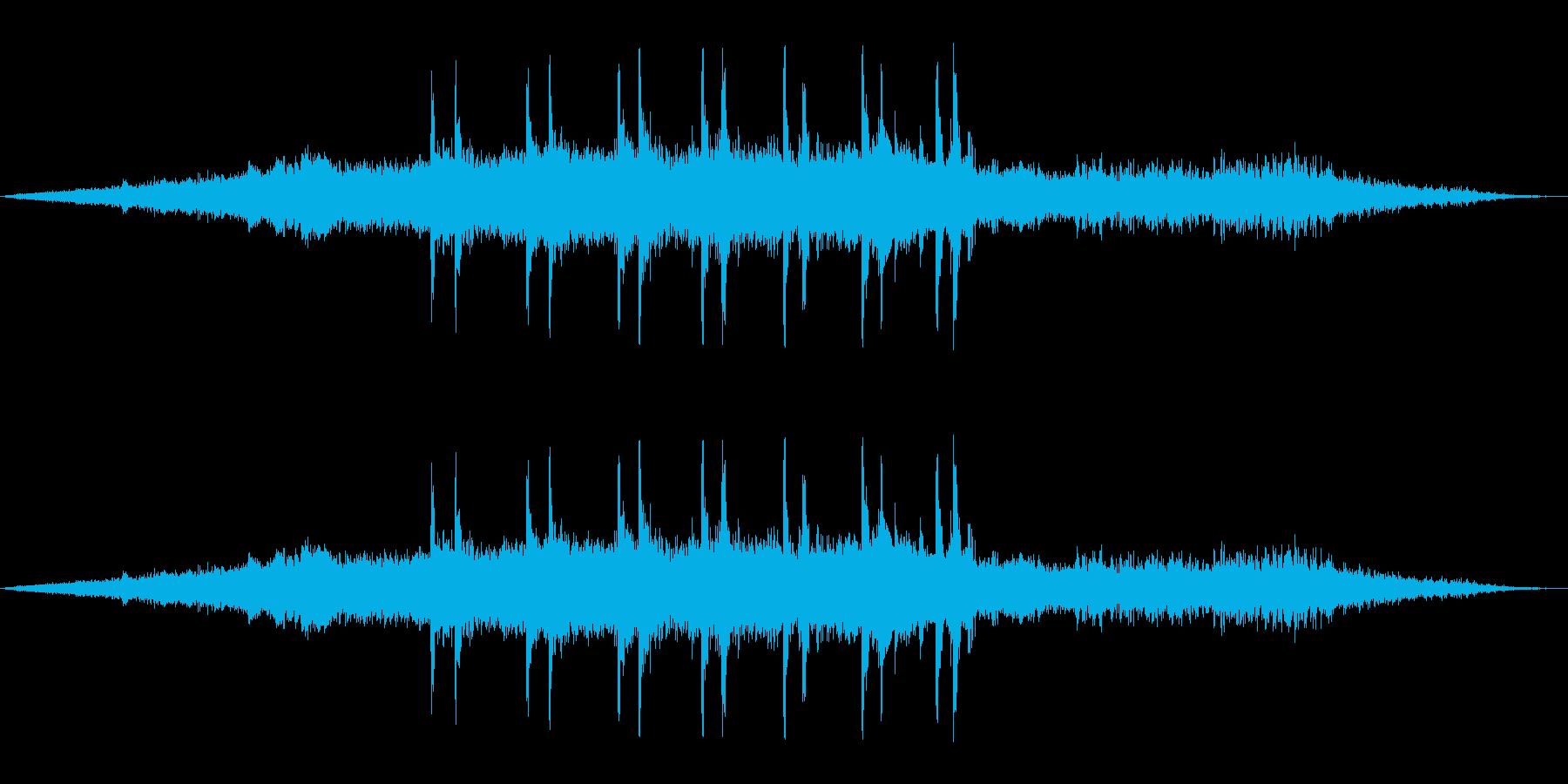 【マイク収録】ゆっくり電車が走る音/出発の再生済みの波形