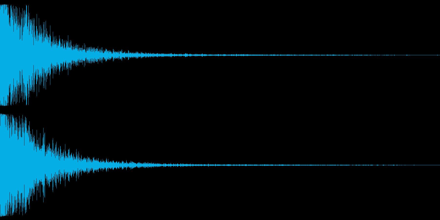 女性の悲鳴が入っているインパクト音の再生済みの波形