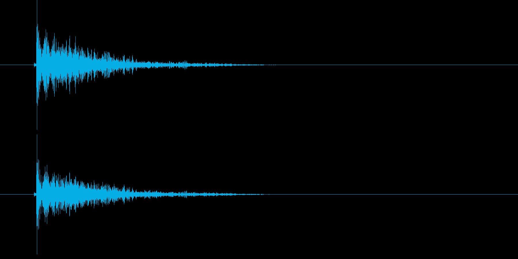 ドーン!(重たい物が落ちる落下音)の再生済みの波形