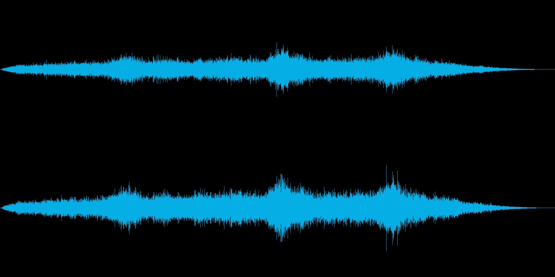 エスニックムード満載アンビエントな風音の再生済みの波形