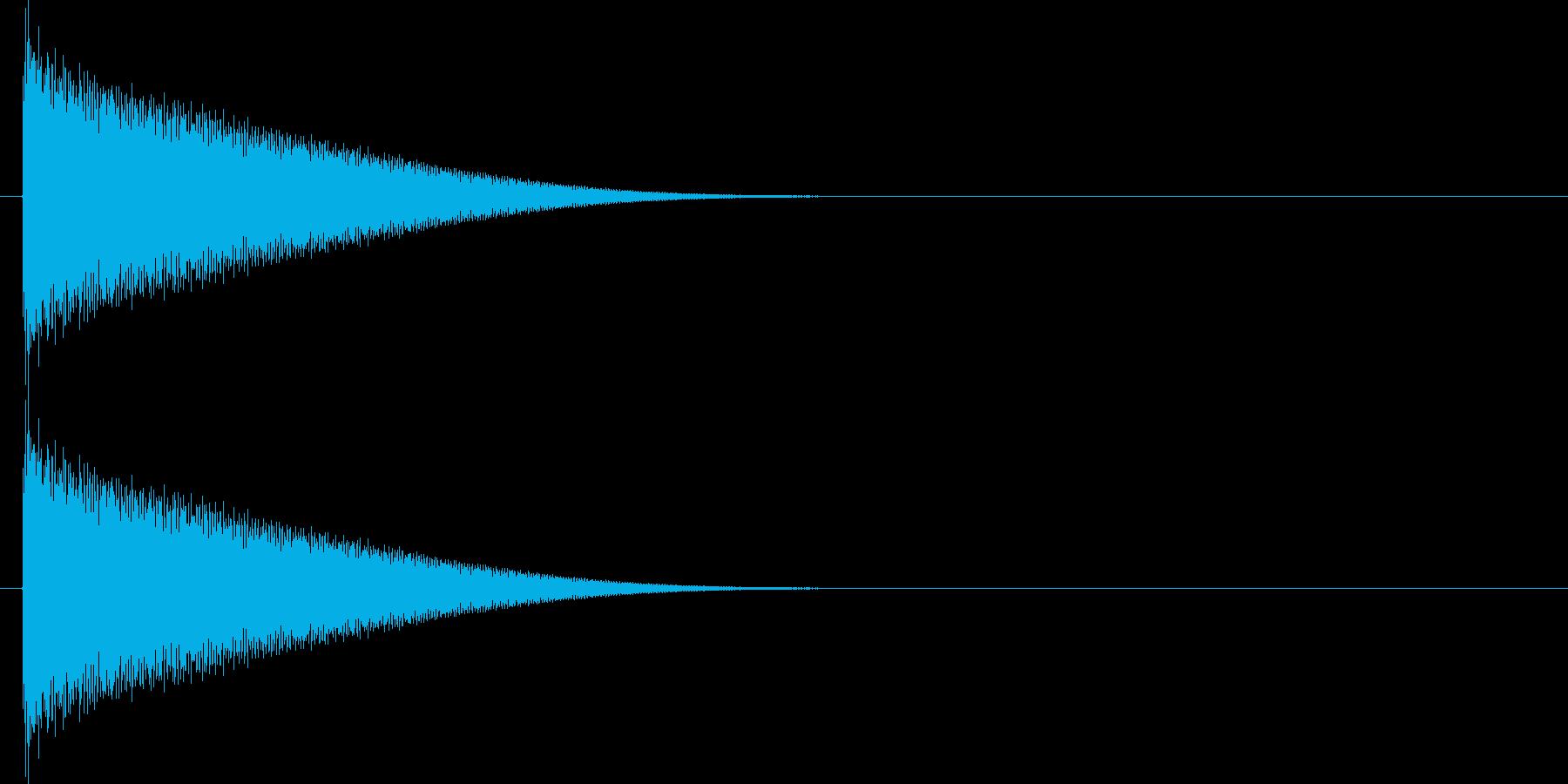 カキーンと何かが遠く飛んでいくような音の再生済みの波形