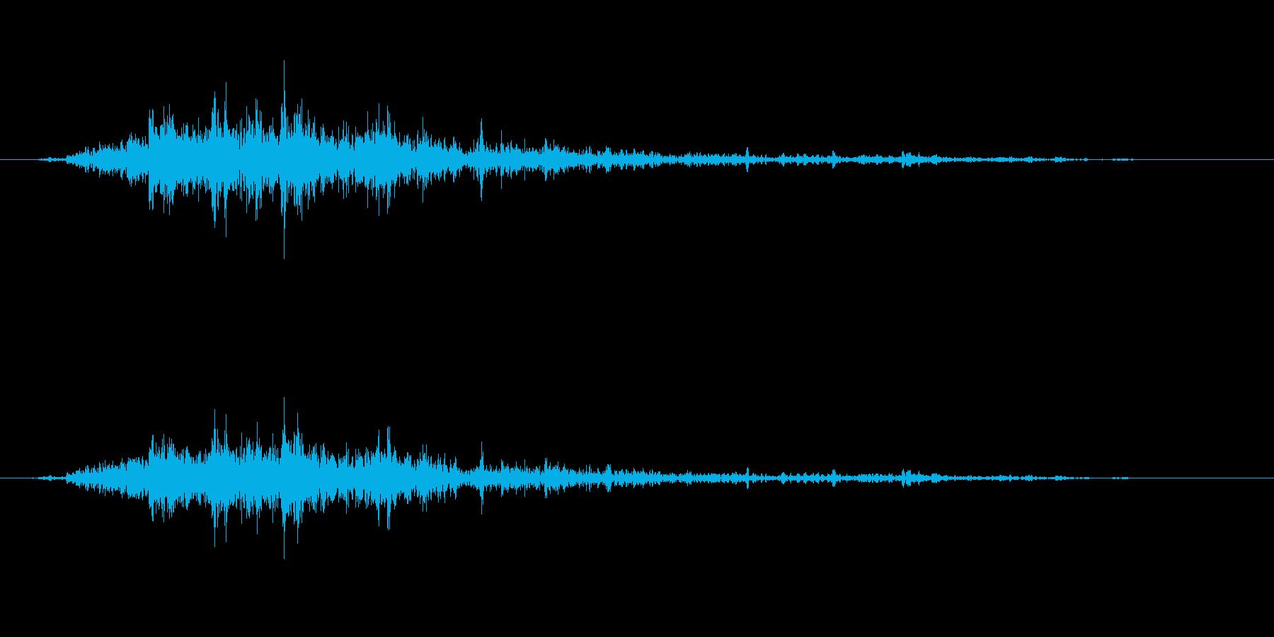 【雷 生録 環境01-2】の再生済みの波形