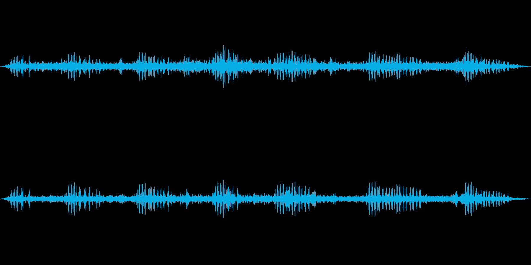 秋の虫の音中心の環境音の再生済みの波形