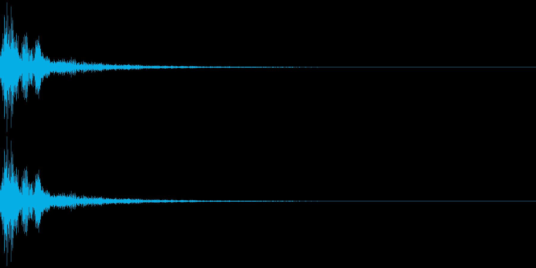 ガチャッ残響音 金属音 ドアノブの再生済みの波形