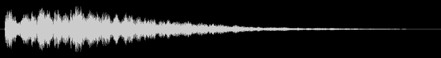 カカーン(金属系の音)の未再生の波形