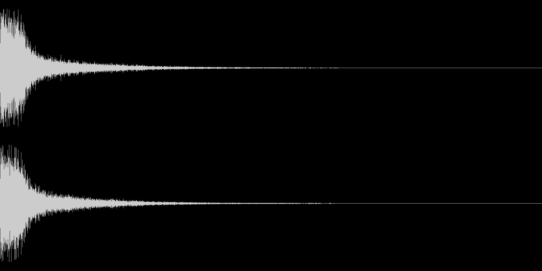 スパーン(スネア系)の未再生の波形